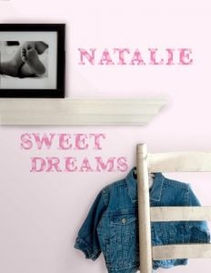 RoomMates muurstickers - Roze letters